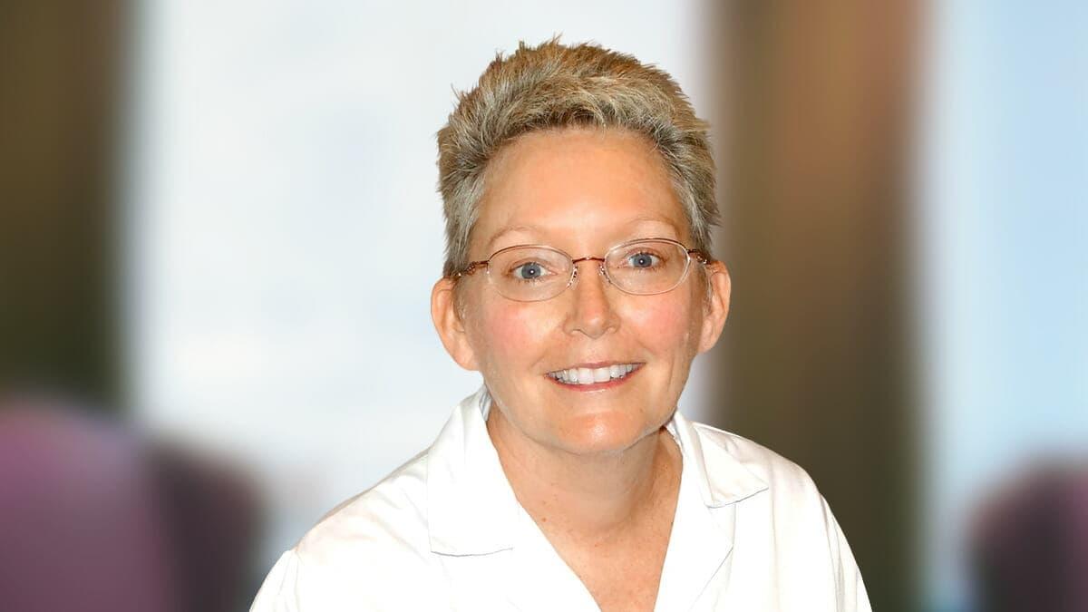Dr. Elizabeth Kerner, MD Best Female Plastic Surgeon in Plano TX